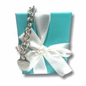 Authentic TIFFANY & CO Heart Tag Charm Bracelet